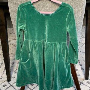 Hanna Andersson green velvet-like dress size 90
